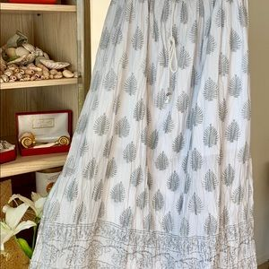 Long gauzy skirt